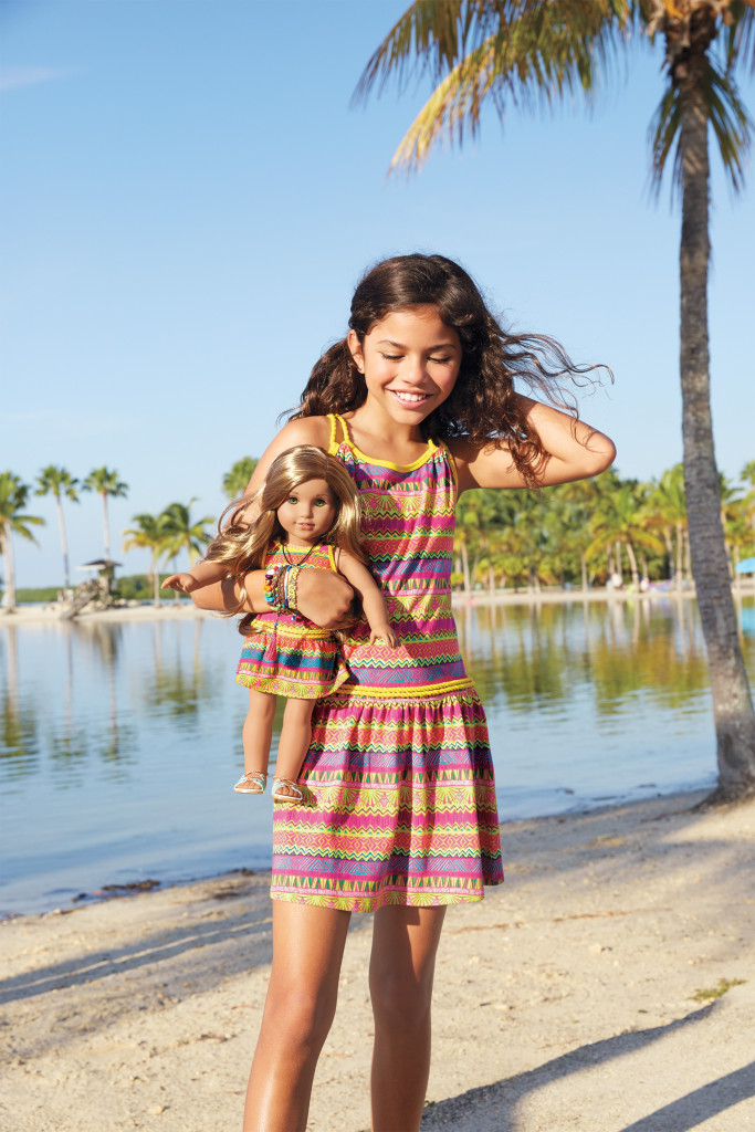 American Girl's 2016 Girl of the Year™ Lea is a talented photographer with a love for animals, discovers a wide world of possibilities when she embarks on a faraway adventure to Brazil.