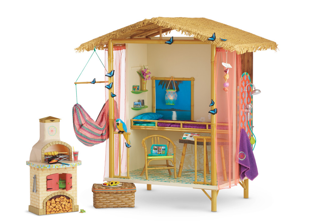 Available for only one year, Lea's collection includes a beautiful 18-inch Lea™ doll featuring long wavy hair and warm hazel eyes, plus several tropical-inspired outfits, accessories, and toys that reflect her Brazilian travels—including Lea's Rainforest House with over 30 pieces