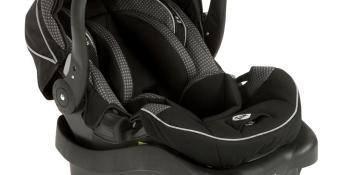 Four Car Sear Safety Tips That Need to be on a Parent's Radar and a Safety 1st onBoard™35 Air+ Infant Car Seat Giveaway!