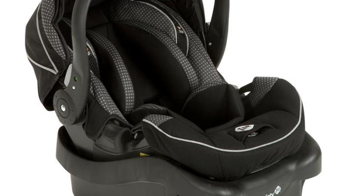 Four Car Seat Safety Tips That Need to be on a Parent's Radar and a Safety 1st onBoard™35 Air+ Infant Car Seat Giveaway!