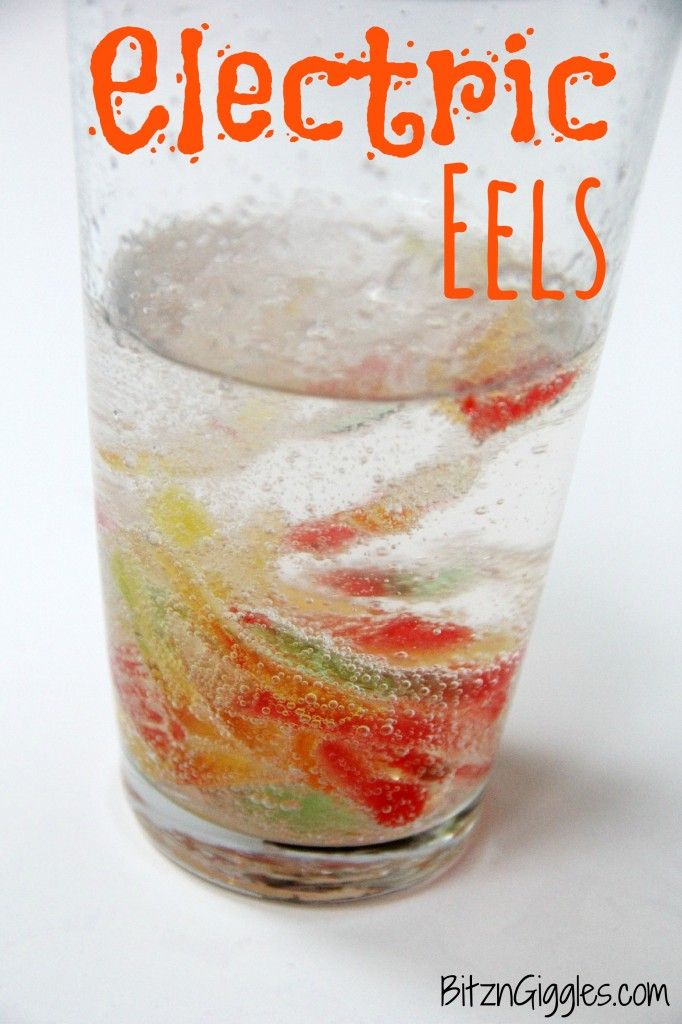 Electric Eels - Marinate gummy worms in a mixture of water and baking soda and then bring them to life in a glass of vinegar.
